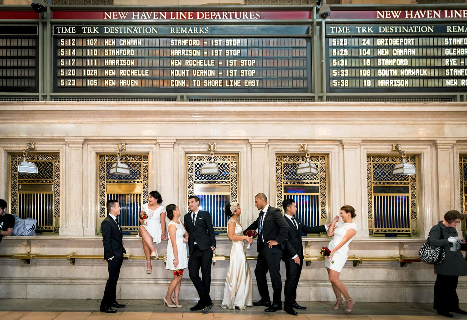Grand-Central-New-York-wedding-bridal-party