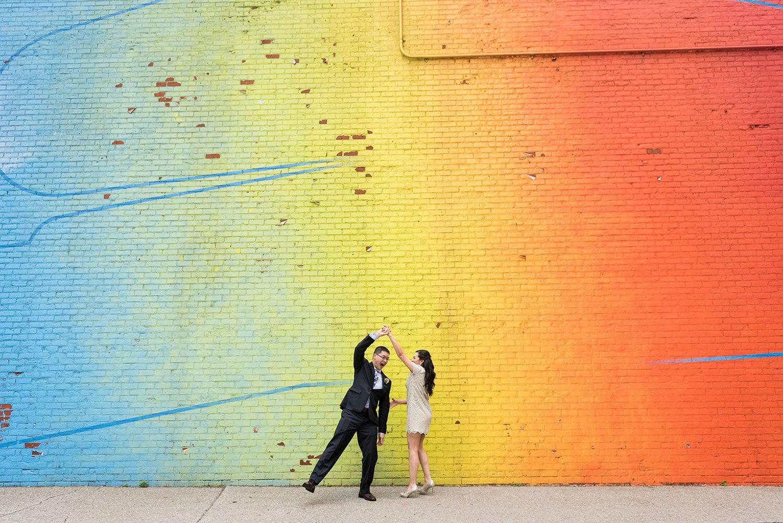 brooklyn-street-art-wedding-photo-bride-groom-dancing