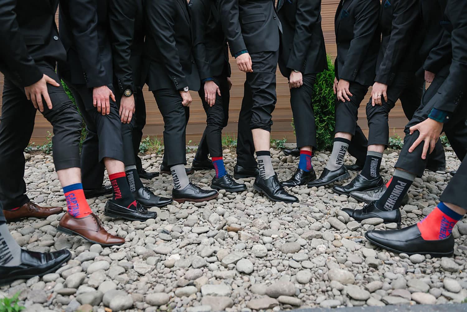 groomsmen-groom-fun-wedding-fashion-socks