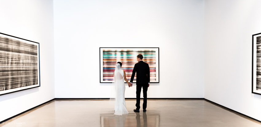 Wedding at art galleries in Chelsea, New York | New York wedding photographer Everly Studios, www.everlystudios.com