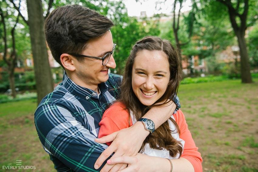Washington-Square-Park-engagement-photos-Sarah-Aaron-012