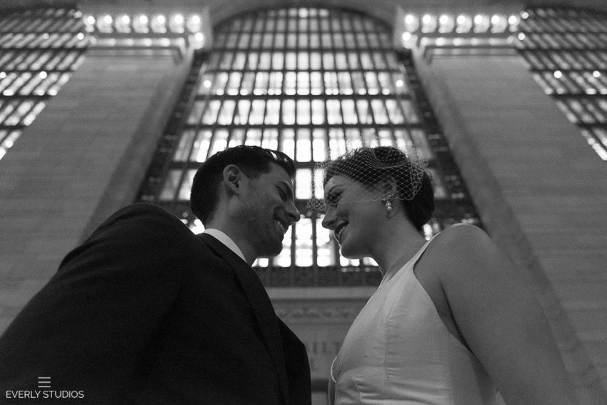 Grand Central Wedding photos in New York. Photos by www.everlystudios.com