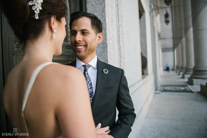 New York City Hall wedding. Photos by New York wedding photographer www.everlystudios.com