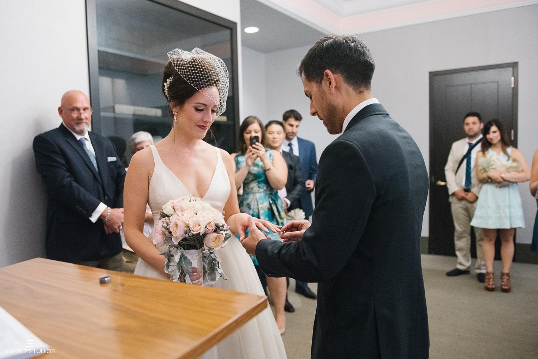 new-york-city-hall-wedding-035