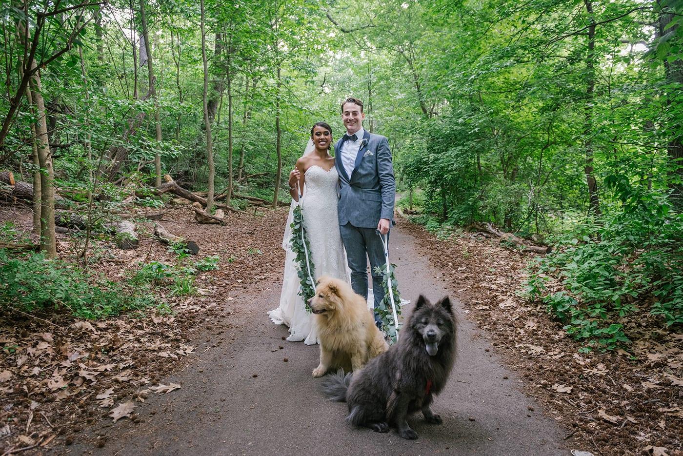 Prospect Park Boathouse wedding in Brooklyn, New York. Photos by Brooklyn wedding photographer, www.everlystudios.com