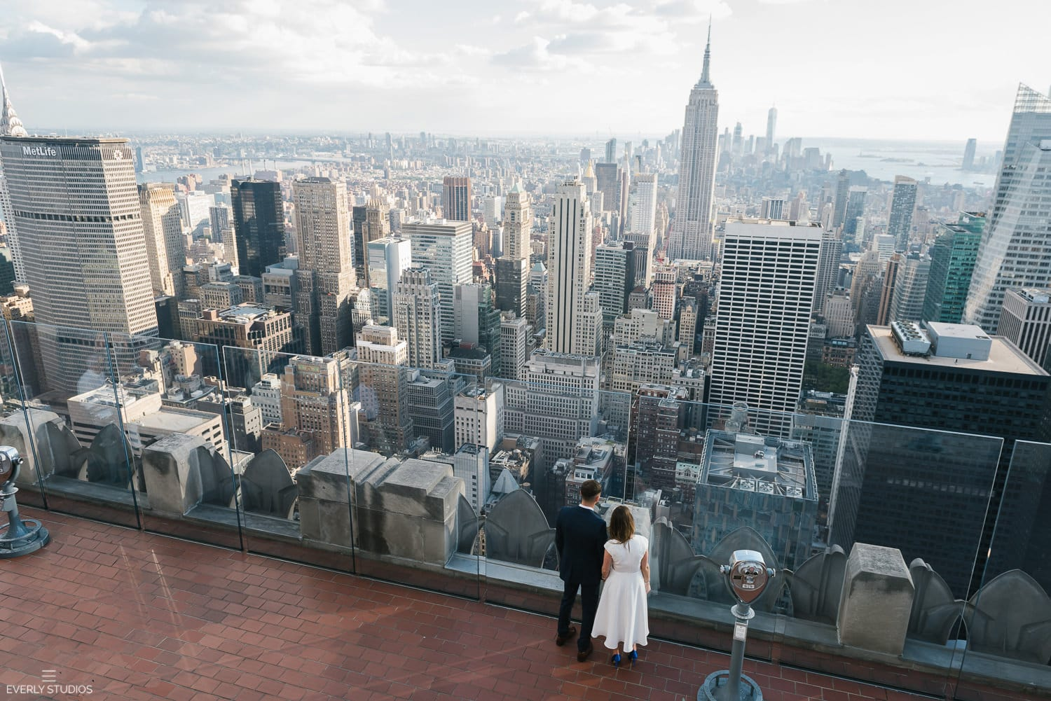 Top of the rock wedding rebecca and chris 39 s new york for The best of nyc