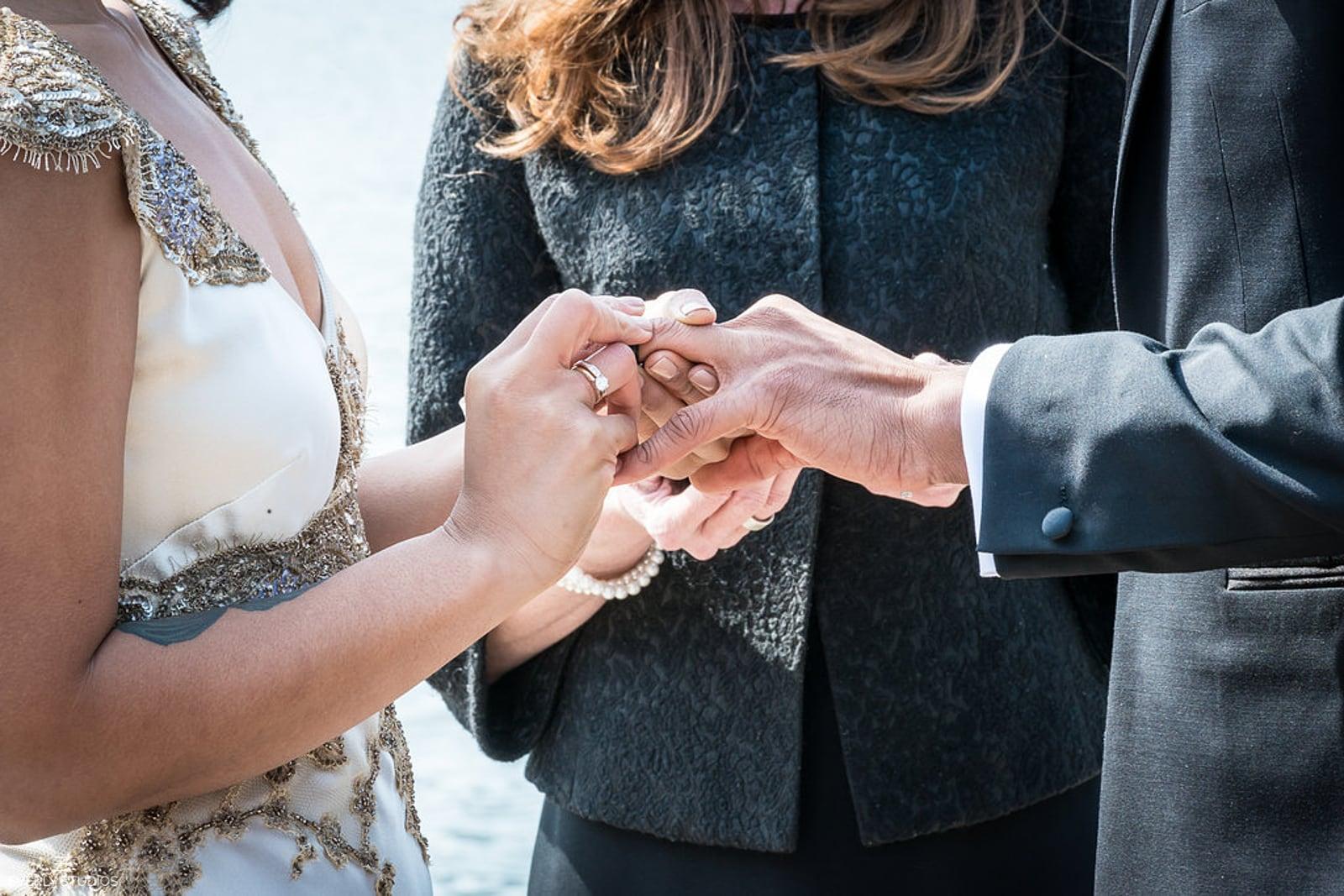 Brooklyn Bridge Park wedding. Photos by New York elopement photographer Everly Studios, www.everlystudios.com