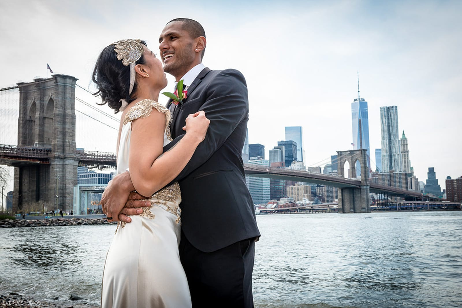Brooklyn Bridge Park wedding. Photos by New York elopement photographer Everly Studios, www.everlystudios.com
