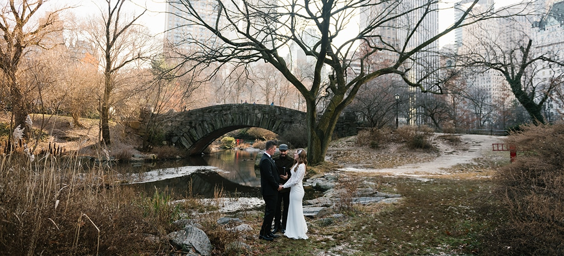 Winter Gapstow Bridge wedding in Central Park NYC