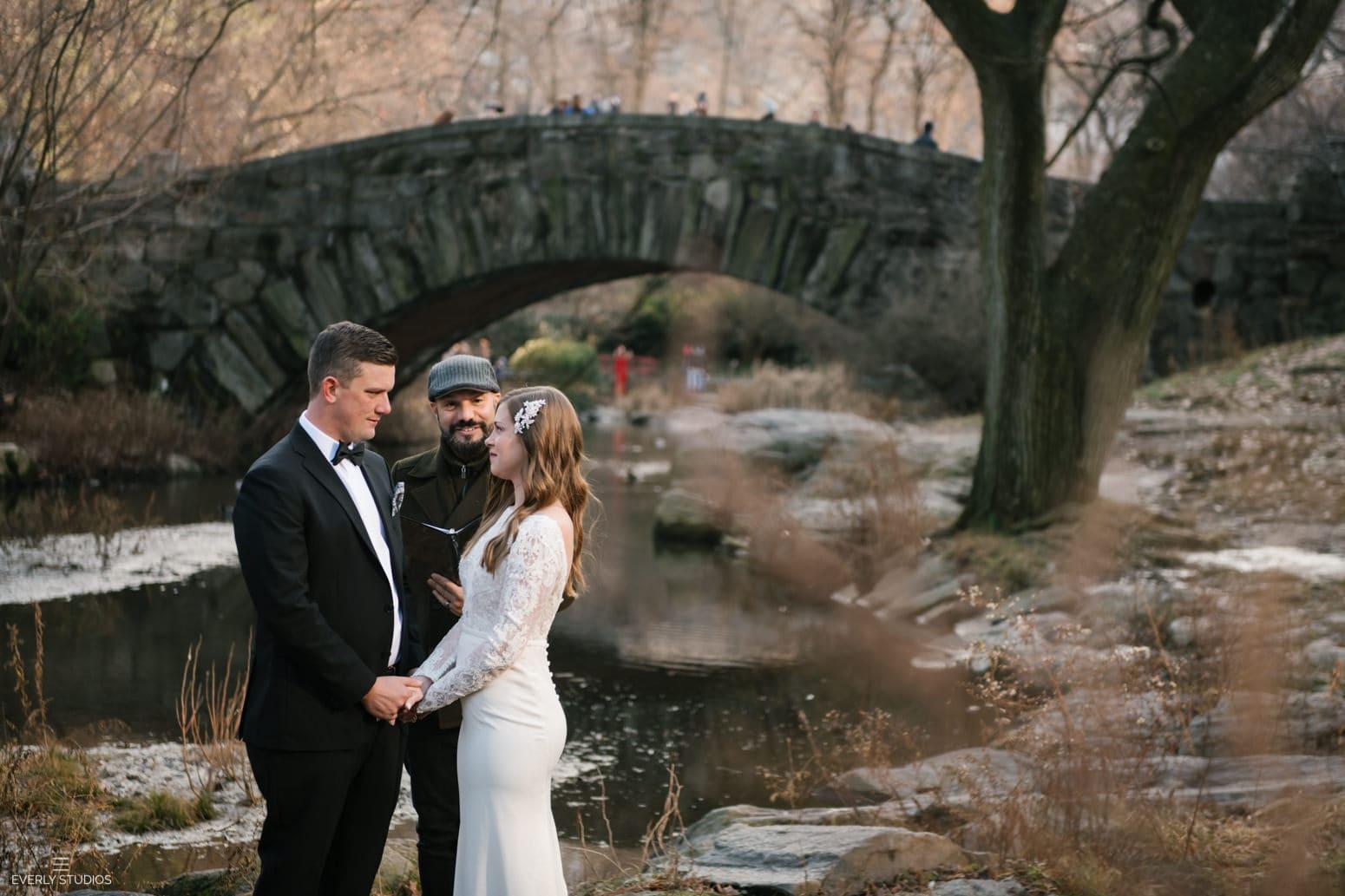 Gapstow Bridge elopement in Central Park NYC. Winter Central Park wedding at Gapstow Bridge in New York. Photo by Central Park wedding photographer Everly Studios, www.everlystudios.com