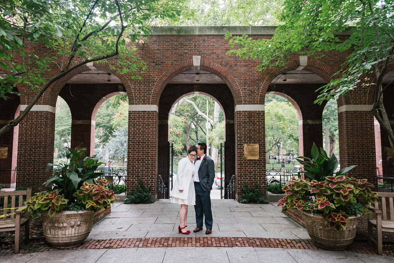 Places to Elope in NYC: washington square park wedding